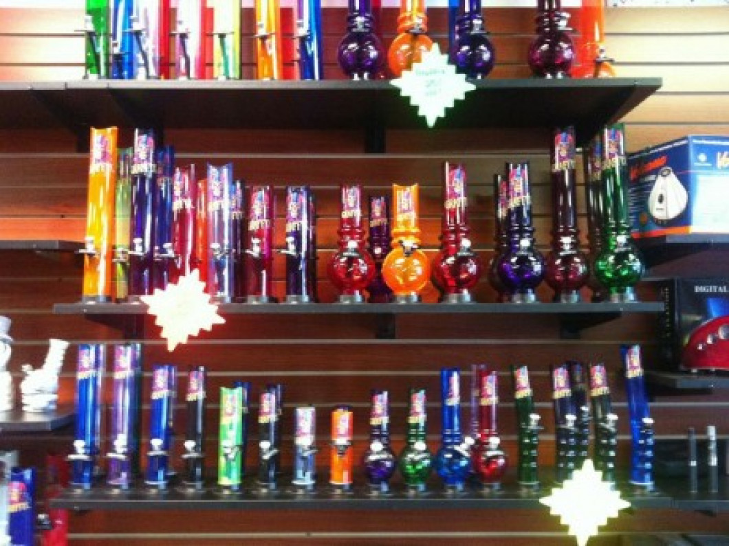 Acrylic & Ceramic Water Pipes